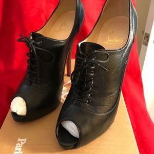 Christian Louboutin Lady Derby heels
